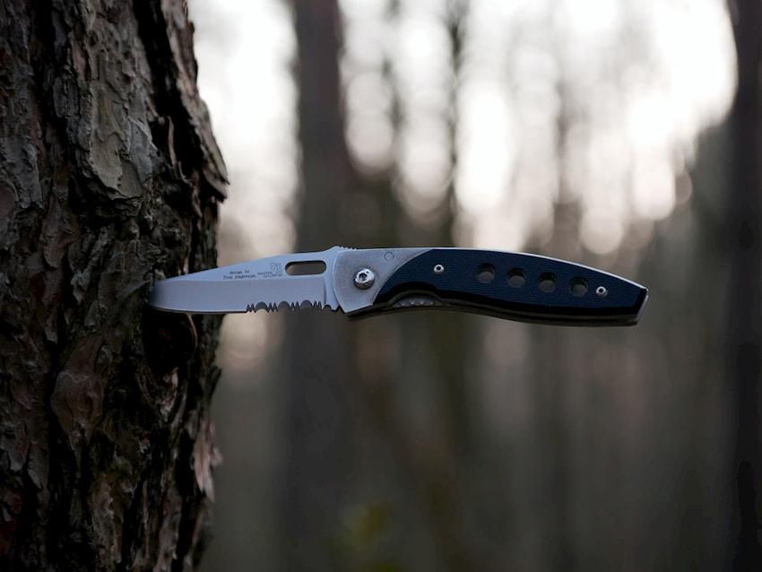 metal-pocket-knife