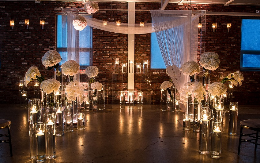 wedding-decor-with-candles