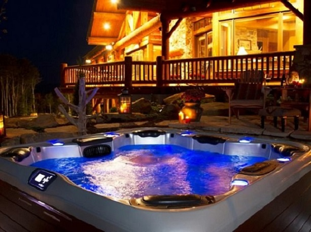5 Seater Hot Tub Spa Lighting and Colour