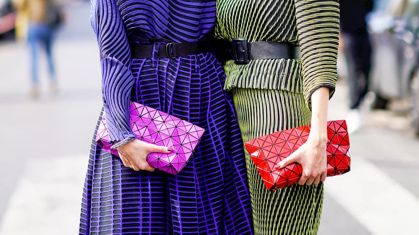 stylish-women-with-matching-clutches (1)